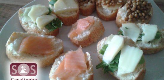 Ricette Tartine con Salmone, Lenticchie e Scamorza